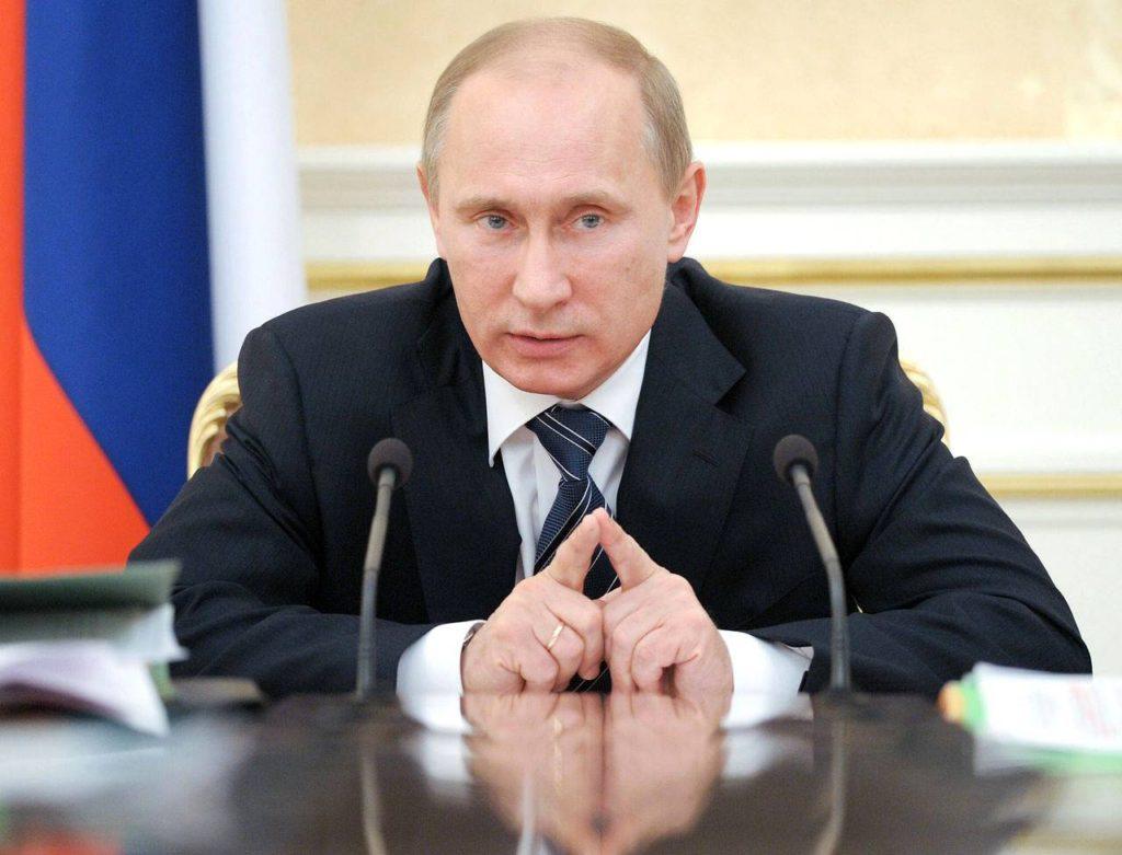 Путин попросил губернаторов обеспечить повышение зарплат ...