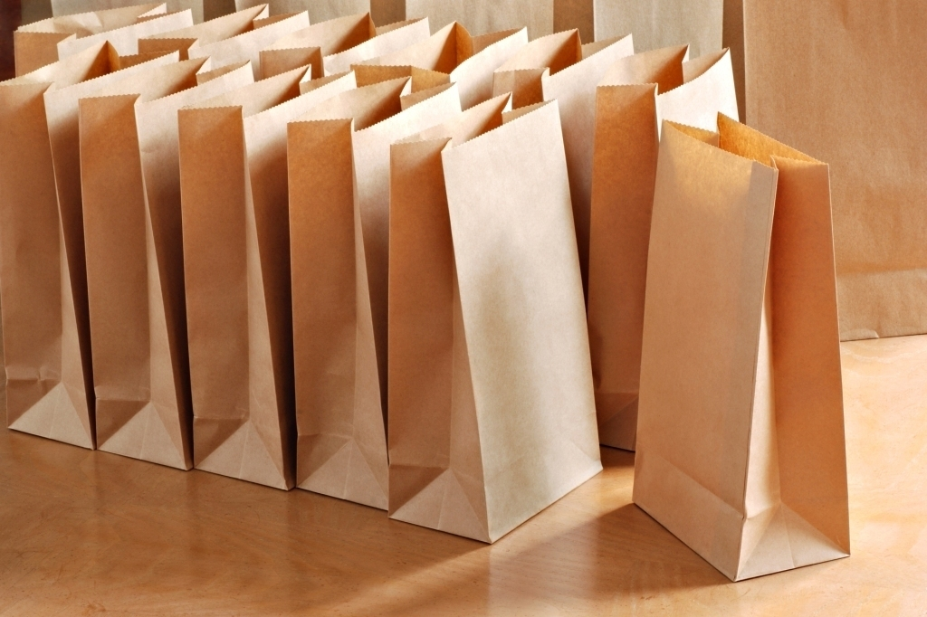Минпромторг: исключение изоборота пластиковых пакетов нереально