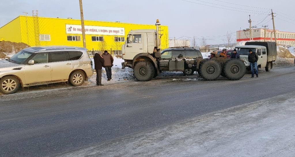 Сегодня в Усинске в ДТП пострадали четыре машины - Усинск ...
