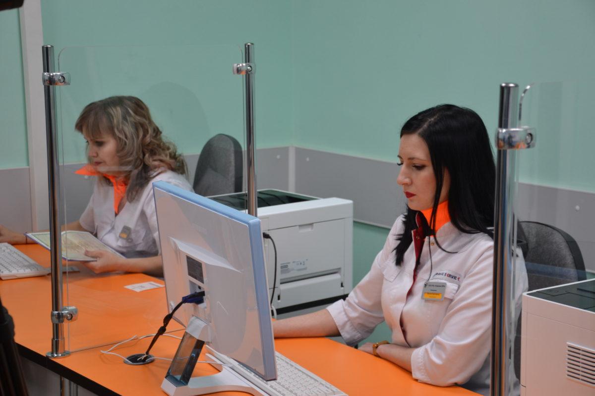 Детская поликлиника Усинска радует новой регистратурой ...